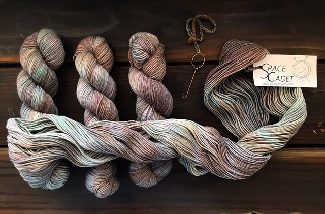 This yarn has us smitten! Just a bit deeper than all the bright shades of summer we've been using.  Have you noticed a change in your knitting colours?--fiber content?--or even fiber weight? Now that the seasons are changing?
