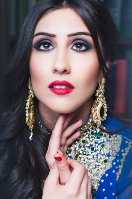 Sonia Sajnani-Indian make up-style bar-edmonton-yeg-wedding-1.jpg
