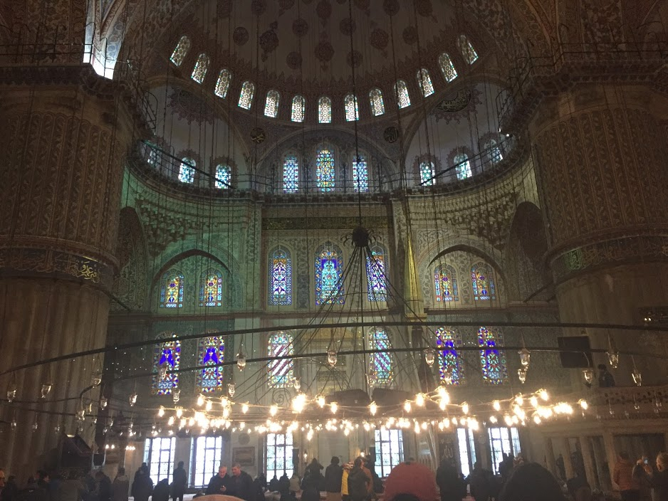Inside Sultanahmet (Blue Mosque)