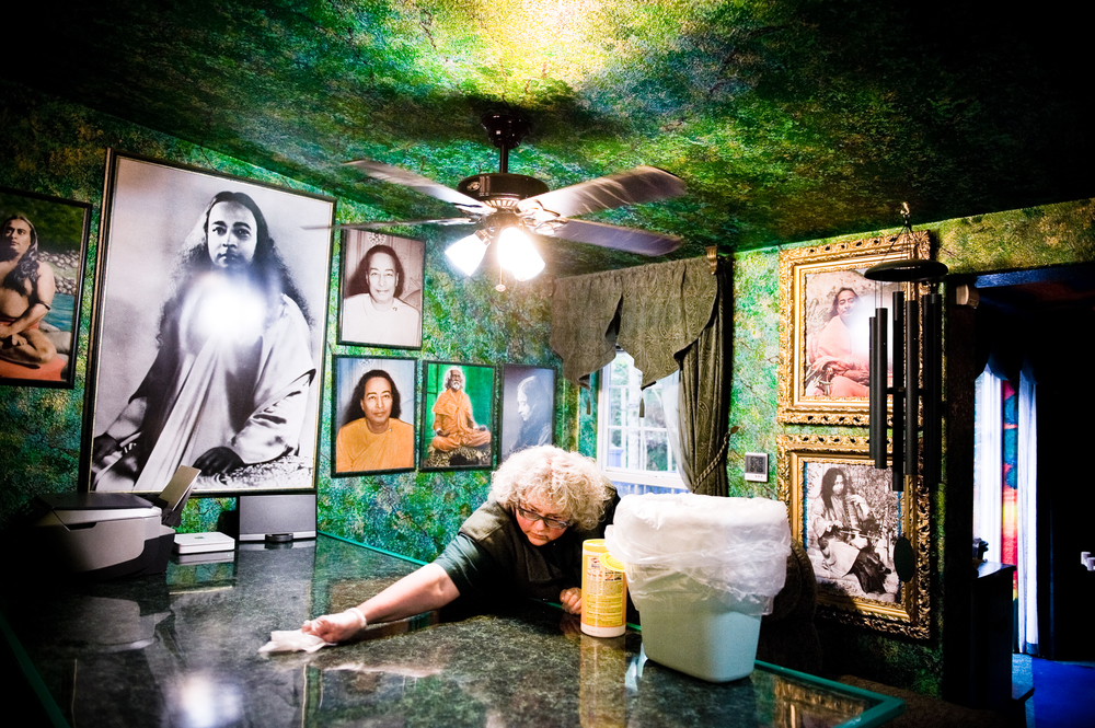In 1980 Leska was first introduced to her Guru, Sri Sri Paramahansa Yogananda, who became the most important thing in her life and for a period of time she wanted to be a nun.  Her house is liberally decorated with framed pictures off him, though the majority of the more than 370 she owns are still in storage.  Also, for Leska, green is a healing color, to satisfy this love her back yard is filled with trees and both the interior and exterior of her house is painted green.