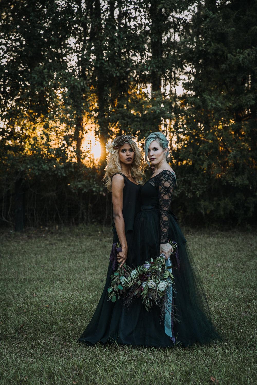 Georgia-Couples-Haunted-Halloween-Wedding-23.jpg