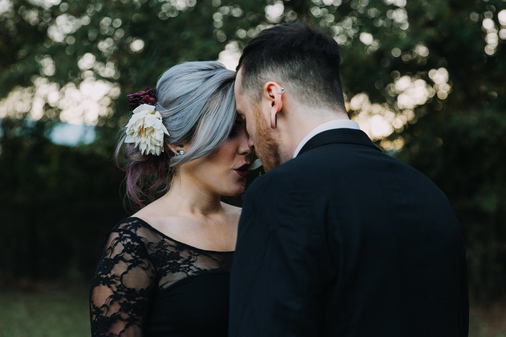 Georgia-Couples-Haunted-Halloween-Wedding-24.jpg