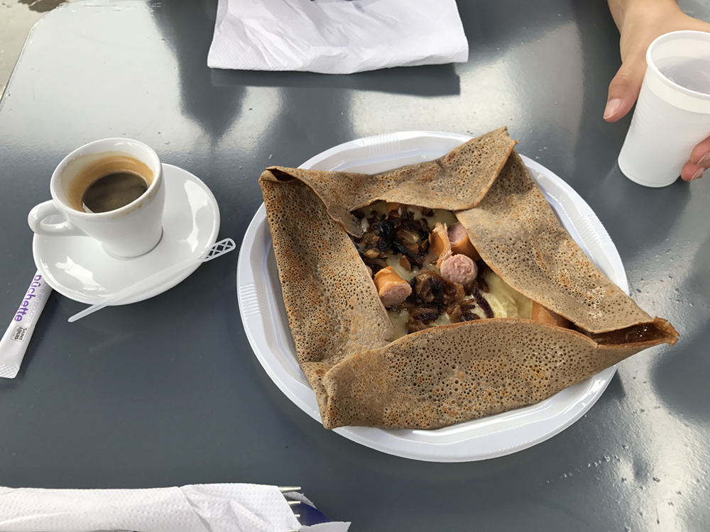 hot dog crepe! It had said ham...