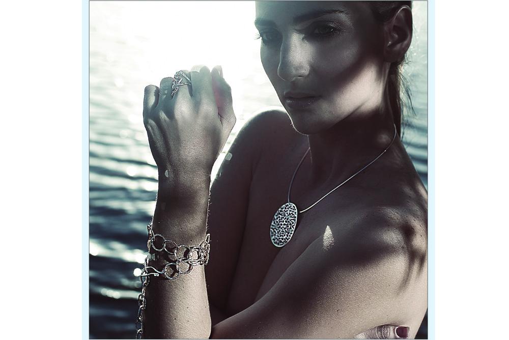 1000 hydra necklace water miami.jpg