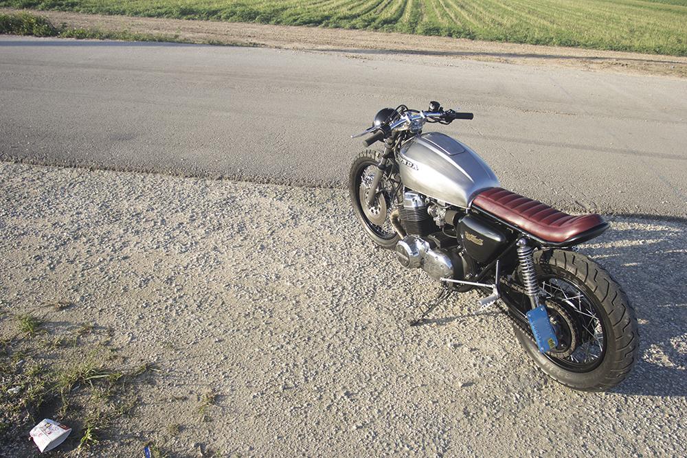 1977 Honda CB750 - Brat Style Cafe Racer