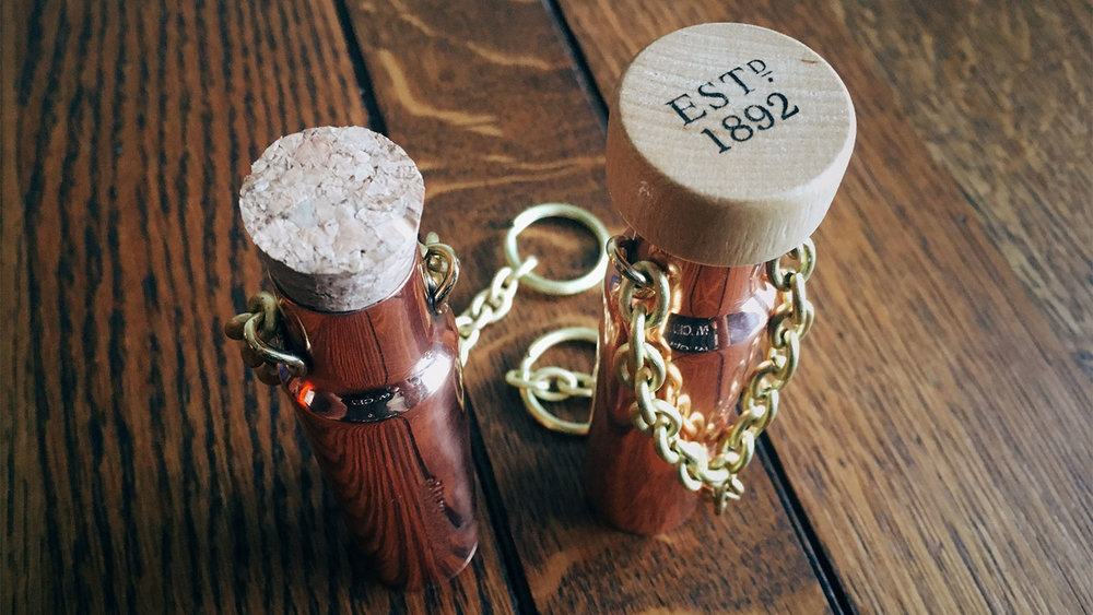 With this cork upgrade, the dipping dog becomes the mighty 1892 flask.