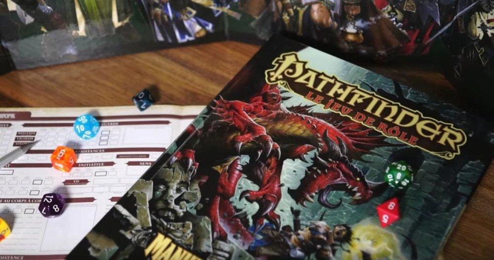 Pathfinder, des dés et une feuille de personnage. Le jeu de rôle ?
