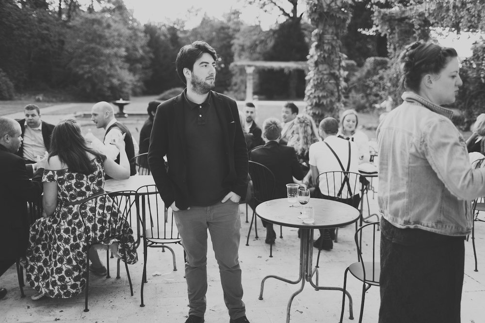 Moi-même lors du magnifique mariage de Katy & Mark au château St Julien. Photo prise par un invité.