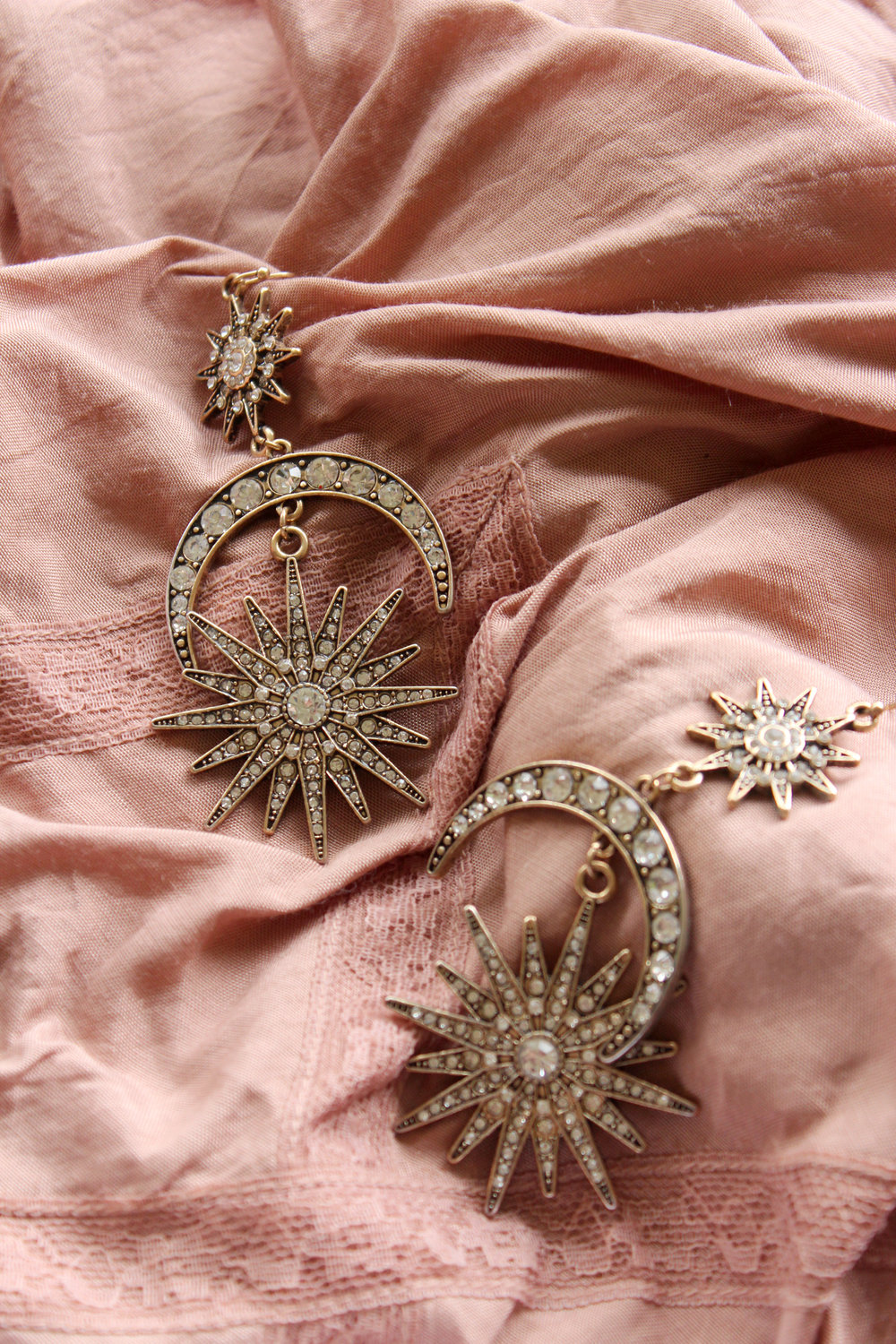 lovisa-earrings-celestial.jpg