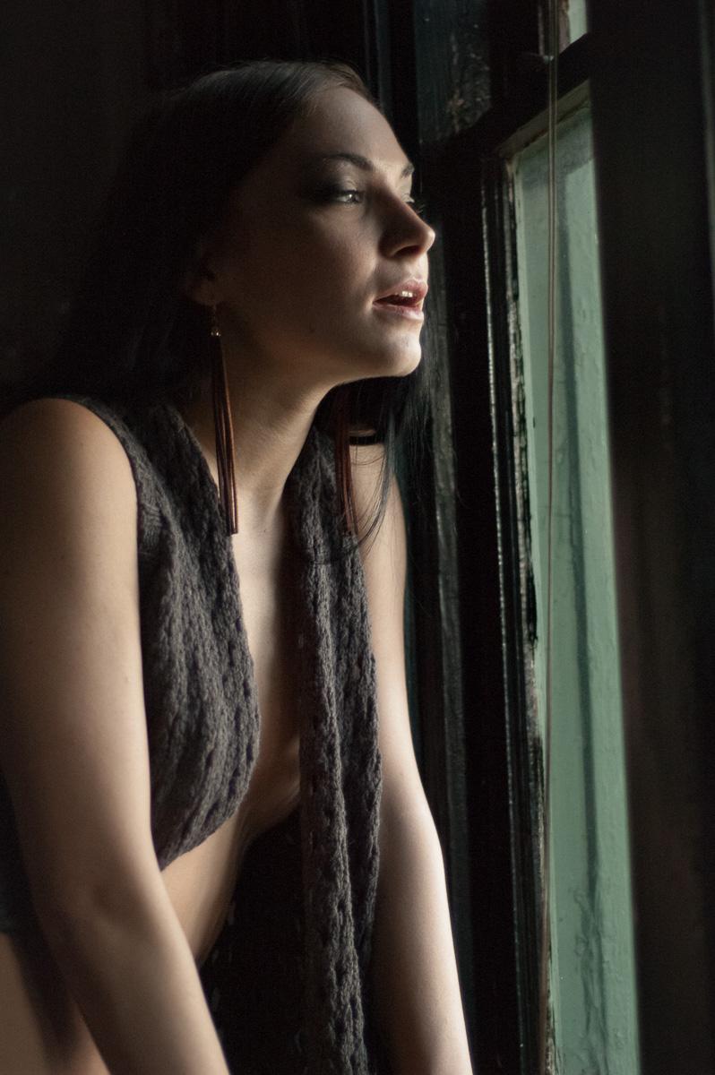 Model - Theresa O'Neill © Daniel Anaka www.danielanaka.com