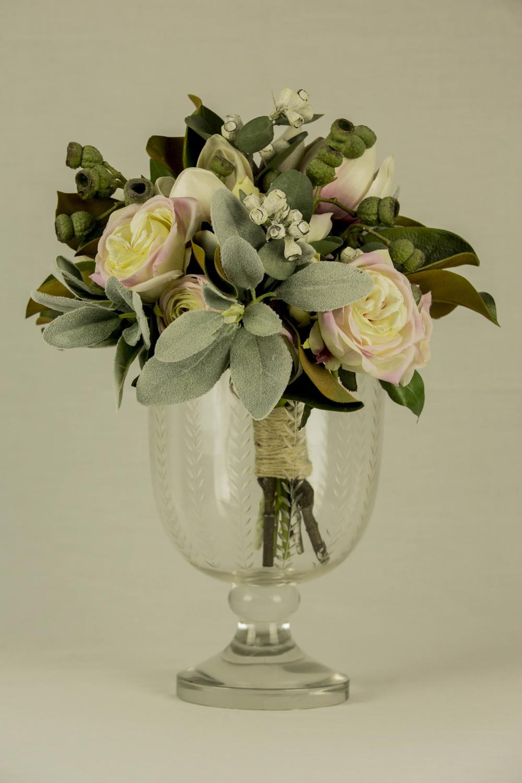 Hurricane Vertical Leaf Cut Vase