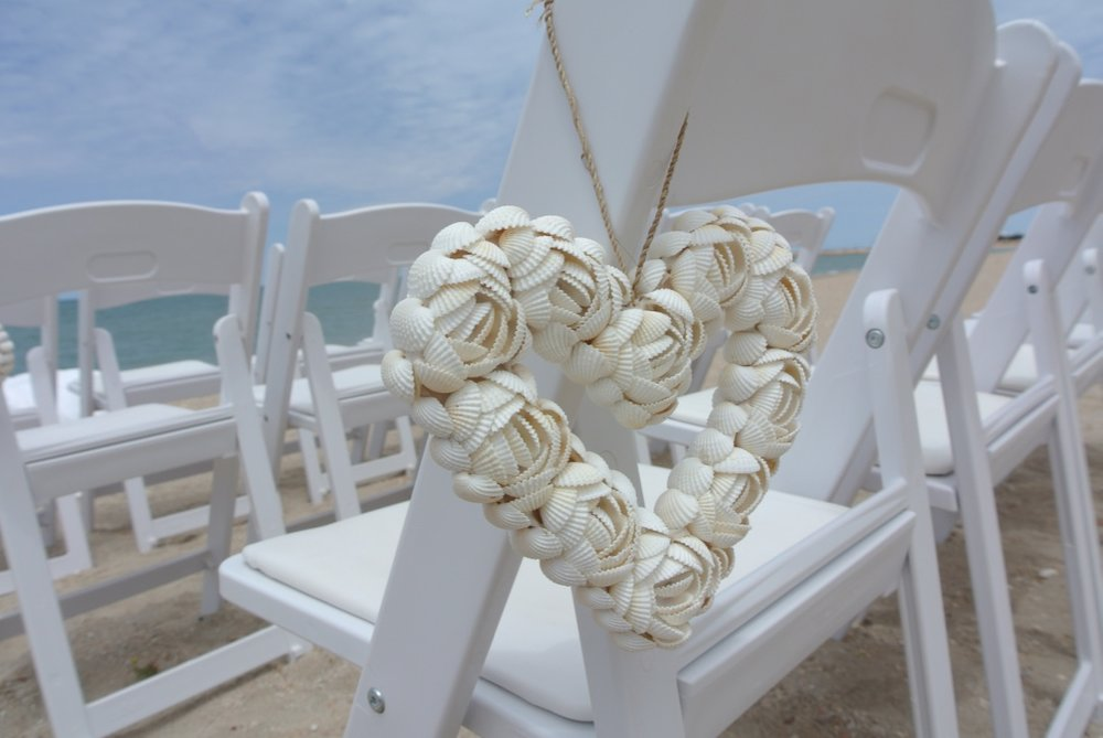 Chair Shell Hearts Hanging
