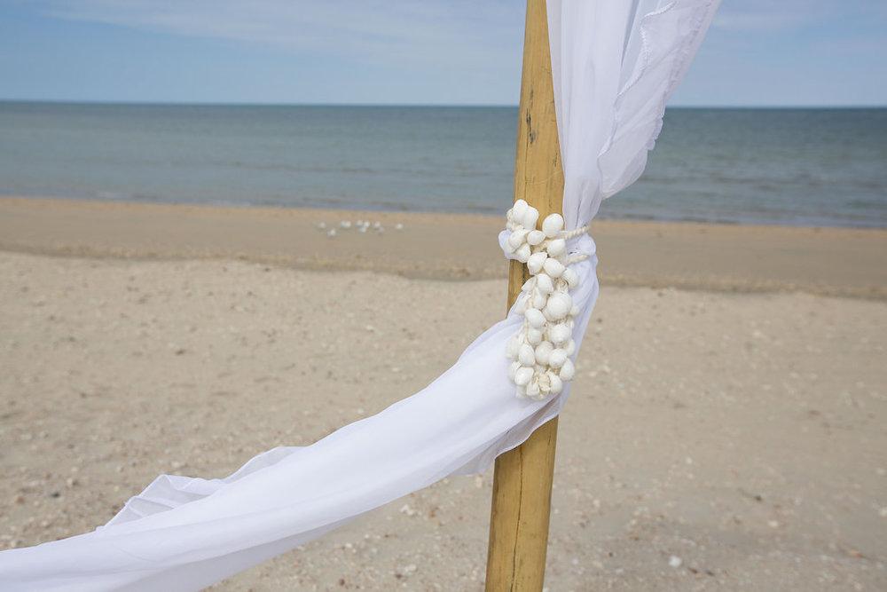 Tayla-Dan-Blue-Media-Weddings-Exmouth-LR-203.jpg