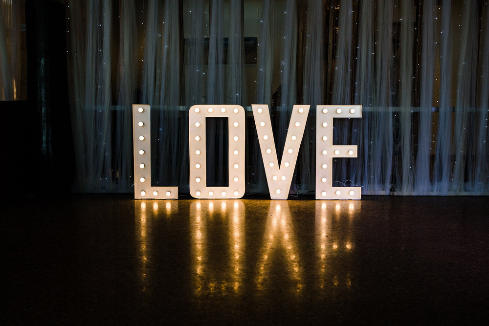 chantelle-james-blue-media-weddings-exmouth-destination-photographer-605.jpg
