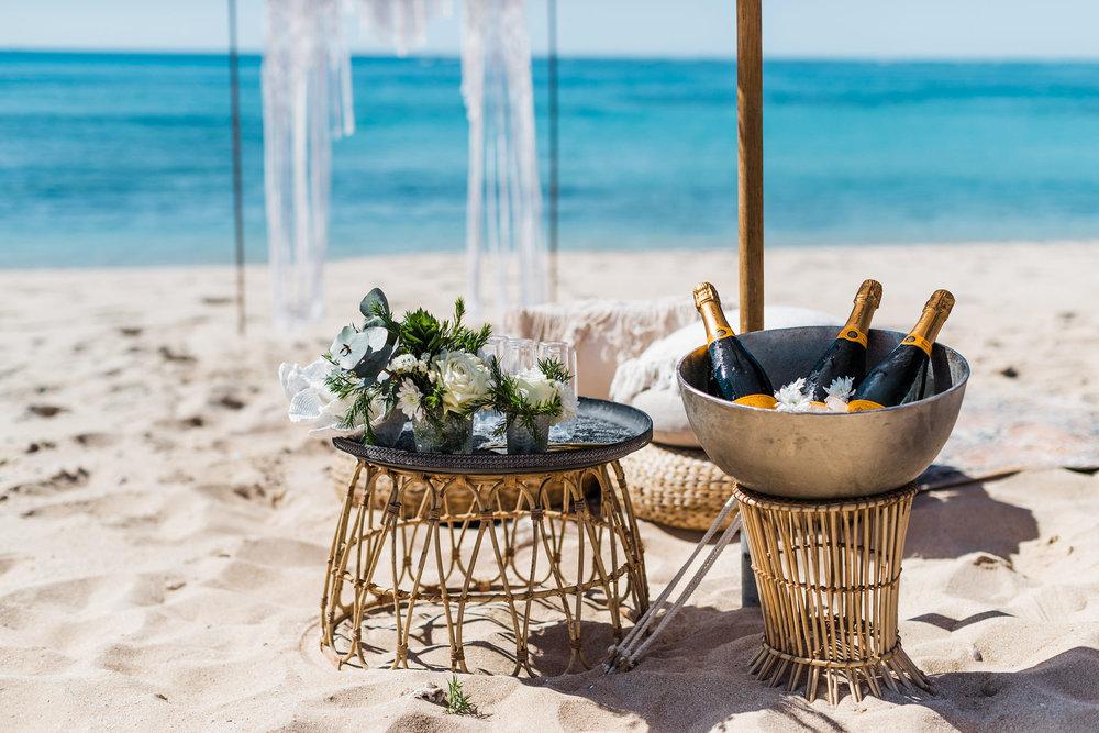 salt&sandeventhire-ningaloo-wedding Stylist-exmouthwa-K&B-janzbeach-wedding-bluemedia-weddings-elopetoningaloo-exmouth-wa-17.jpg