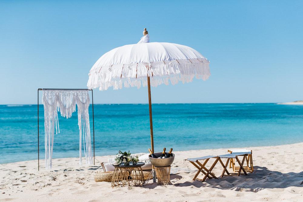 salt&sandeventhire-ningaloo-wedding Stylist-exmouthwa-K&B-janzbeach-wedding-bluemedia-weddings-elopetoningaloo-exmouth-wa-19.jpg