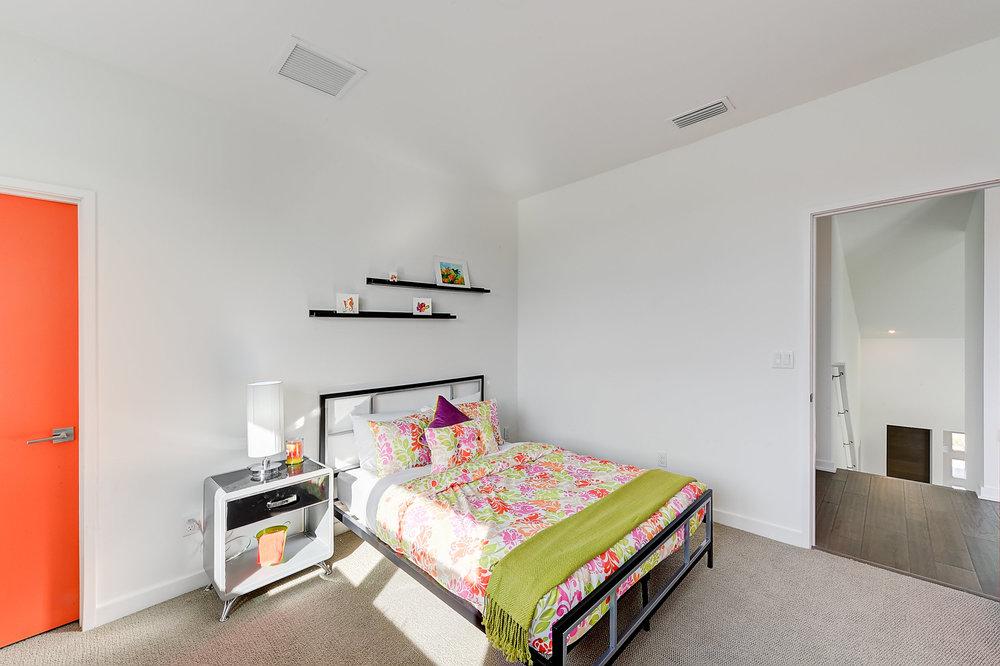 Modern Model House-0015.jpg