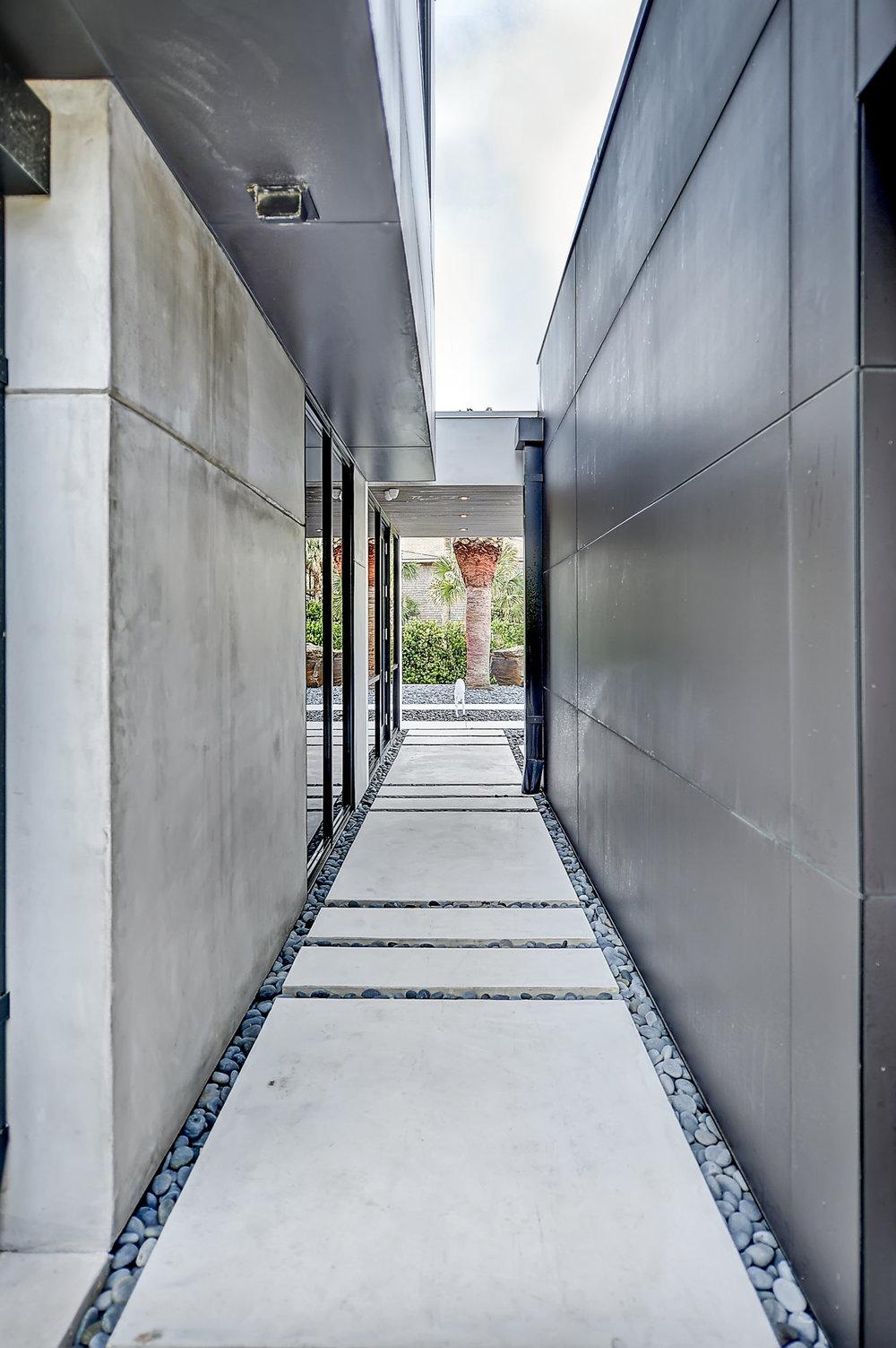 Moquin-Residence-096.jpg