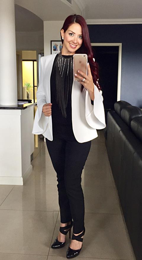 Black white oufit combo.jpg
