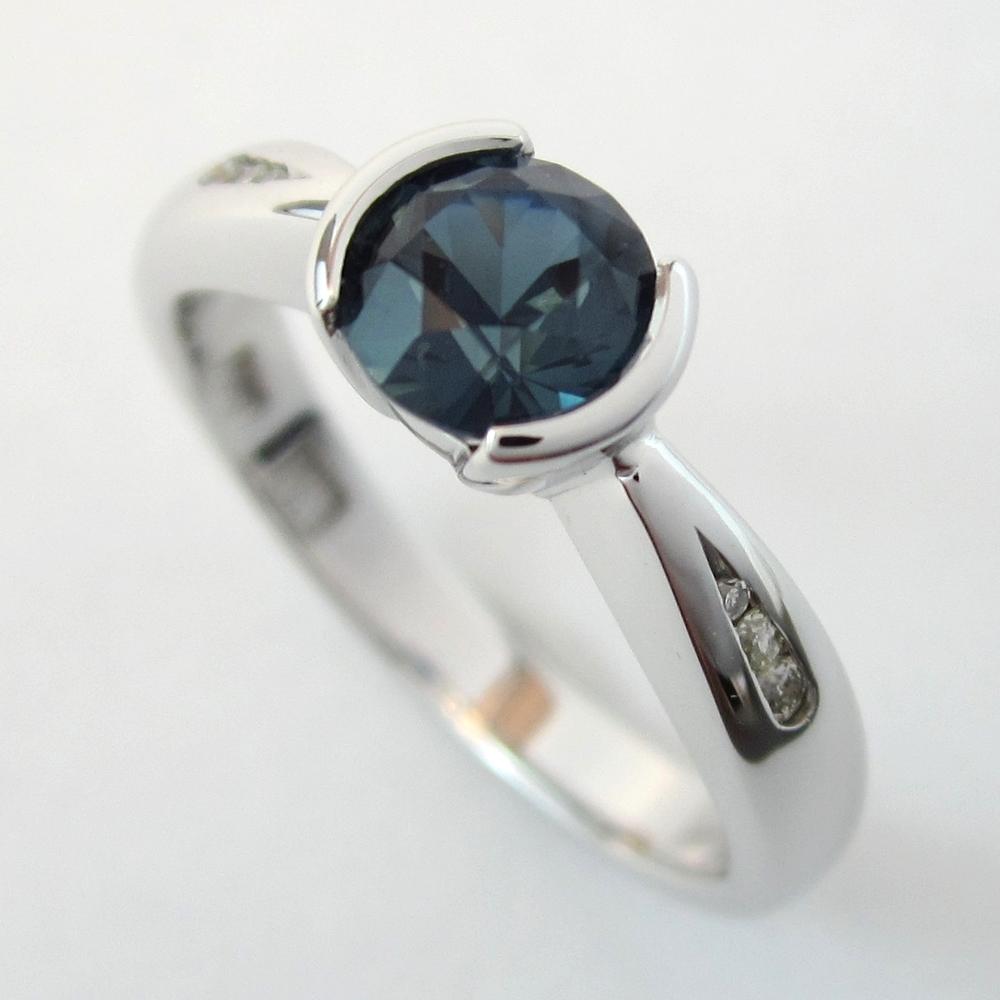 Sensual sapphire