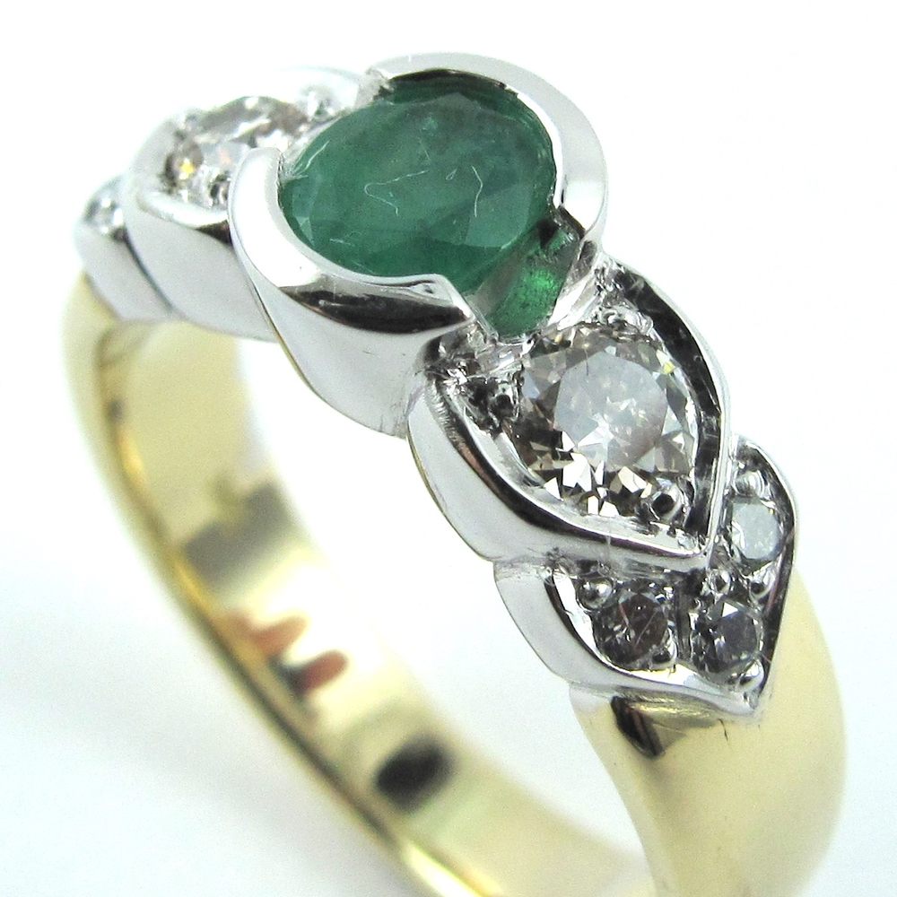 Emerald & Diamonds