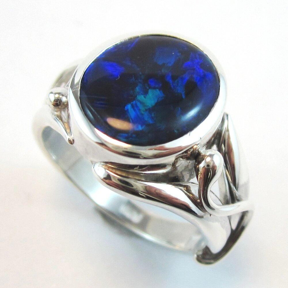 Organic opal