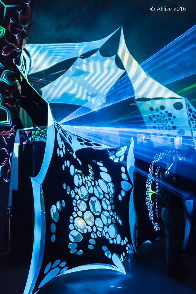 Alternative Frequencies - Digital Wonderland with Talamasca