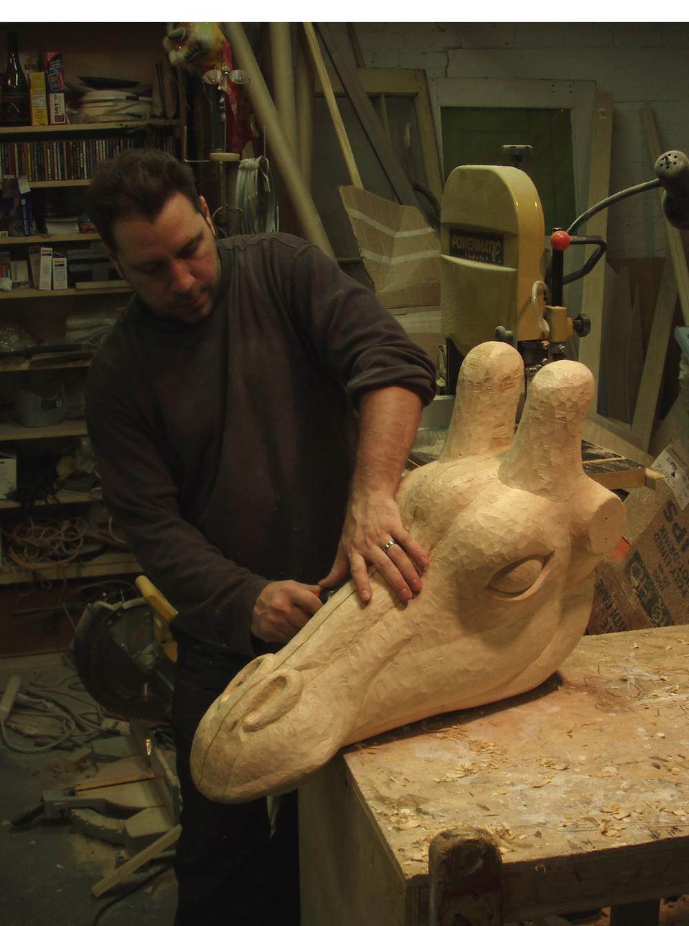 Eric+carving.jpg
