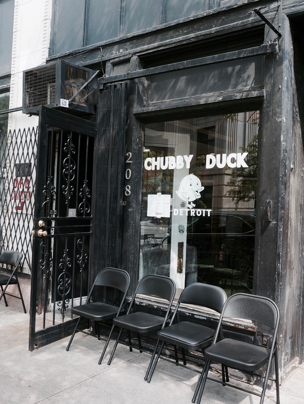 Try A Combo For 12 That Includes One Salad And Drink Chubby Duck Is Hiring If You Are Looking Job Downtown Contact More