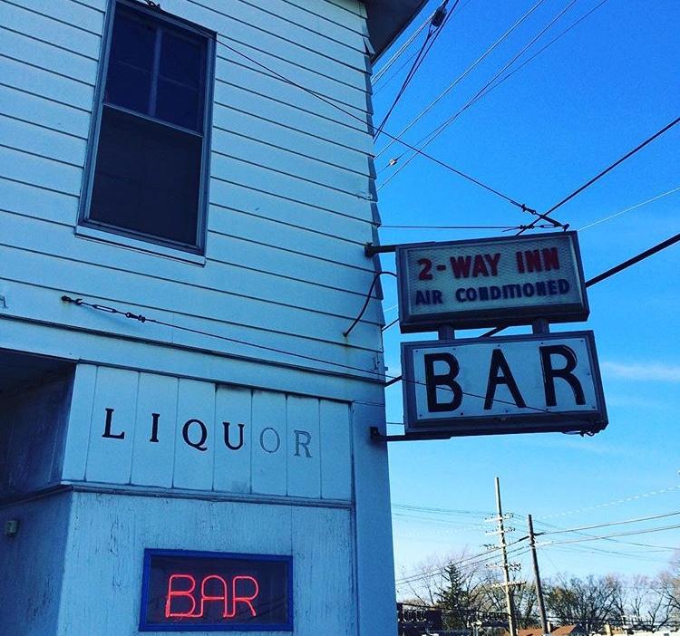 Two Way Inn via @historicdetroit