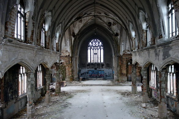 The insider view of St. Agnes church. Photo via hrnick on  Atlas Obscura
