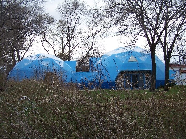 Geometric and blue houses, anyone? Photo via  Atlas Obscura