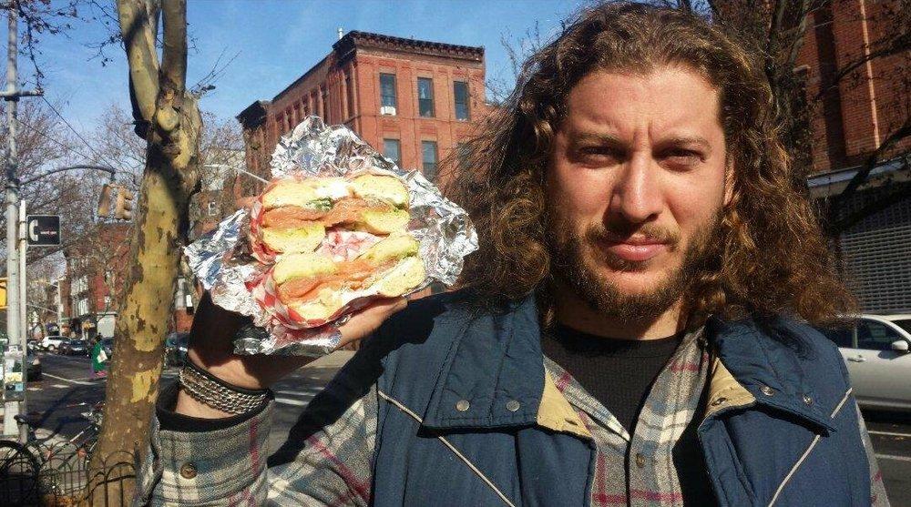 Carlos+and+Sandwich+in+New+York+2018.jpg