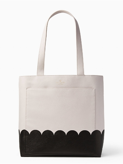 Scalloped Tote Bag on The Weekly Edit