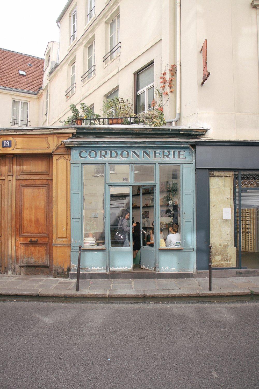 Paris-Walking-Guide-MonicaFrancisDesign