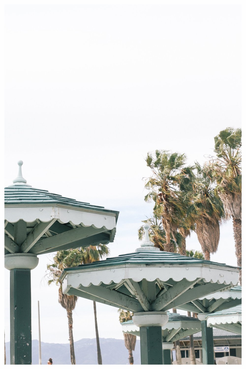 How to See the Charming Side of Los Angeles, California | Stylish things to do, from beaches and restaurants to cultural highlights and the best views. | What to wear in Los Angeles, what to see in Downtown L.A., What to the best food and most photogenic spots to see.
