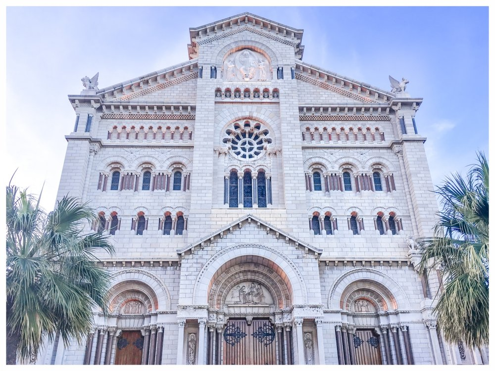 How to See Monaco in One Day | A Travel Guide | Things to do in Monte Carlo and Monaco-Ville | If you only have one day to spend in this glamorous city-state, this is your guide to all the sights, shopping and food in Monaco. | Place du Casino, Gardens of Monaco, Prince's Palace, Oceanographic Museum, Restaurants