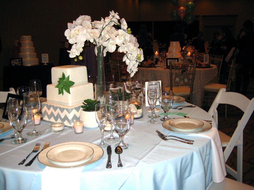 MarryMe succuluent wedding table inspiration