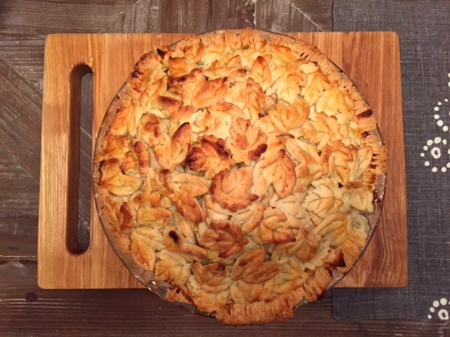 And voila! The finished product:a delicious apple pie to enjoy with family and friends.