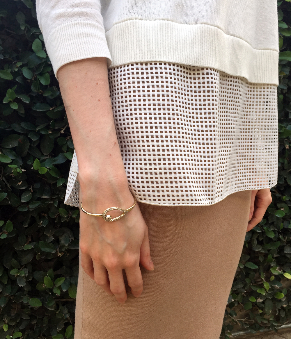 Top: Akris Punto | Skirt: Milly | Bracelet: Alexis Bittar