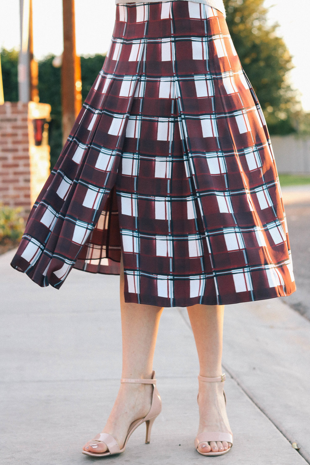 bb-plaid-midi-skirt-005 (1 of 1).jpg
