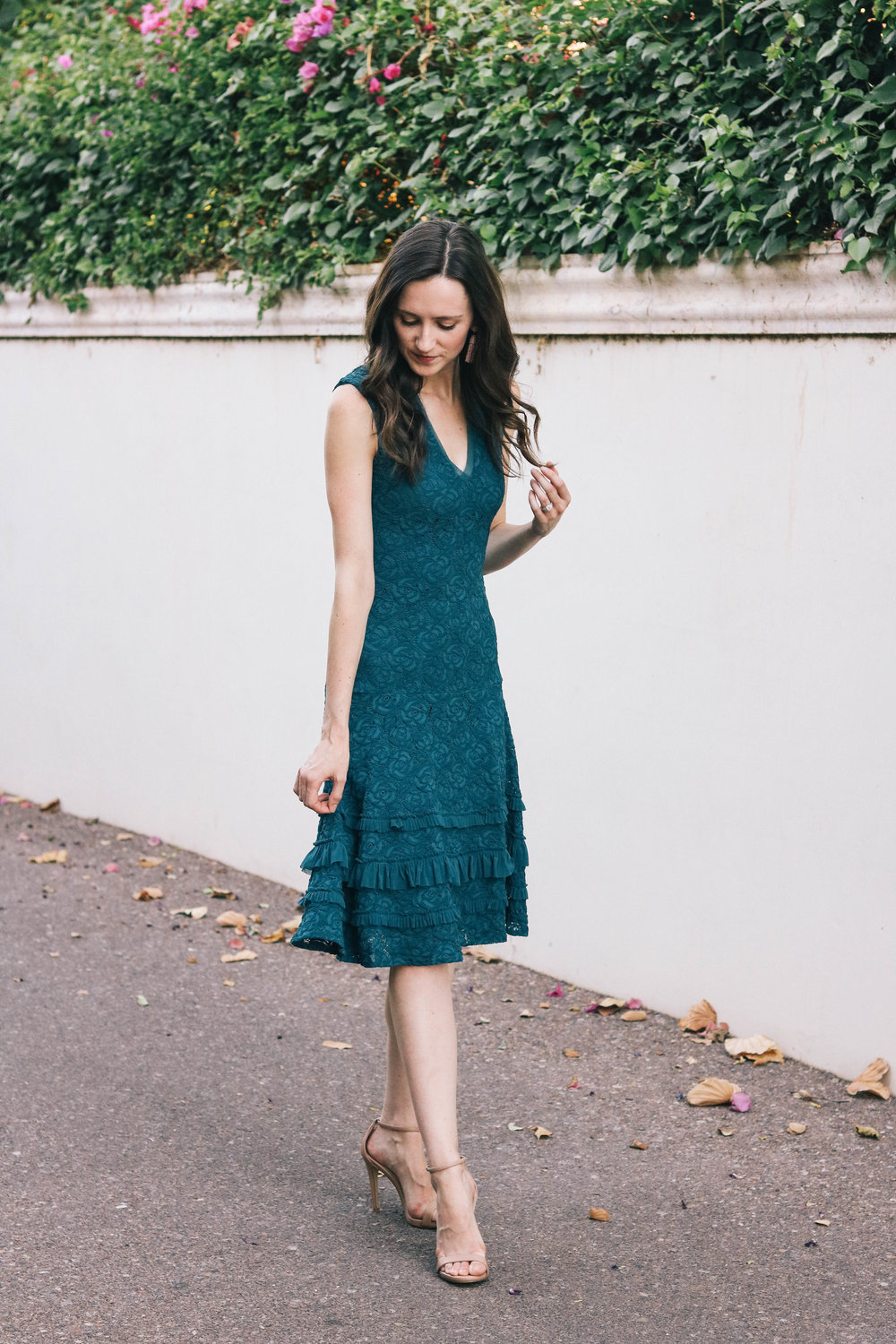 bb-teal-lace-dress-002 (1 of 1).jpg