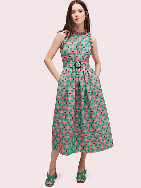 An elegant midi dress - If you're attending a more formal function such as a wedding, this belted midi takes gingham to a whole new level of sophistication. Downplay your accessories and let this dress take center stage!