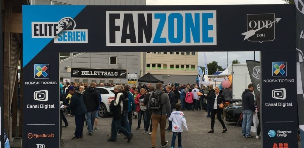 Fanzone 2.jpg