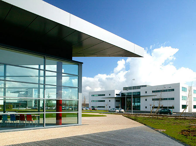 alcatel-lucent-business-park-ile-de-france-france.jpg