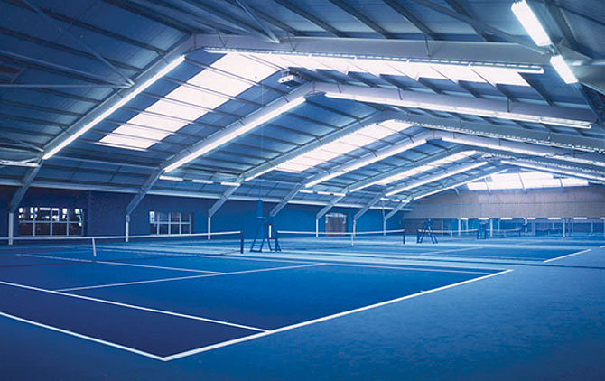 indoor-tennis-courts-riverside-club-london.jpg
