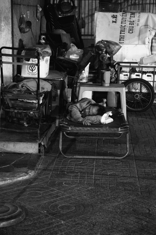Sleeping_ Workers_15.jpg