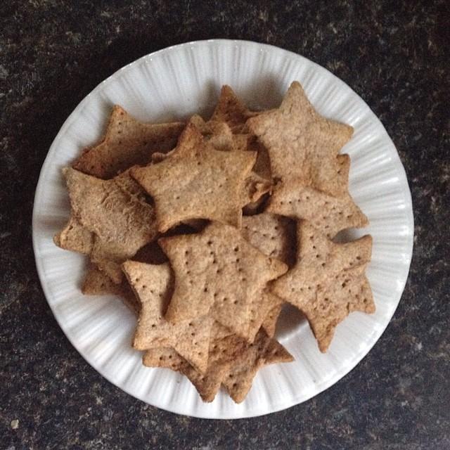 gross-crackers