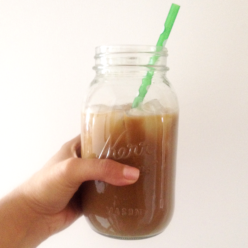 iced-coffee-mason-jar
