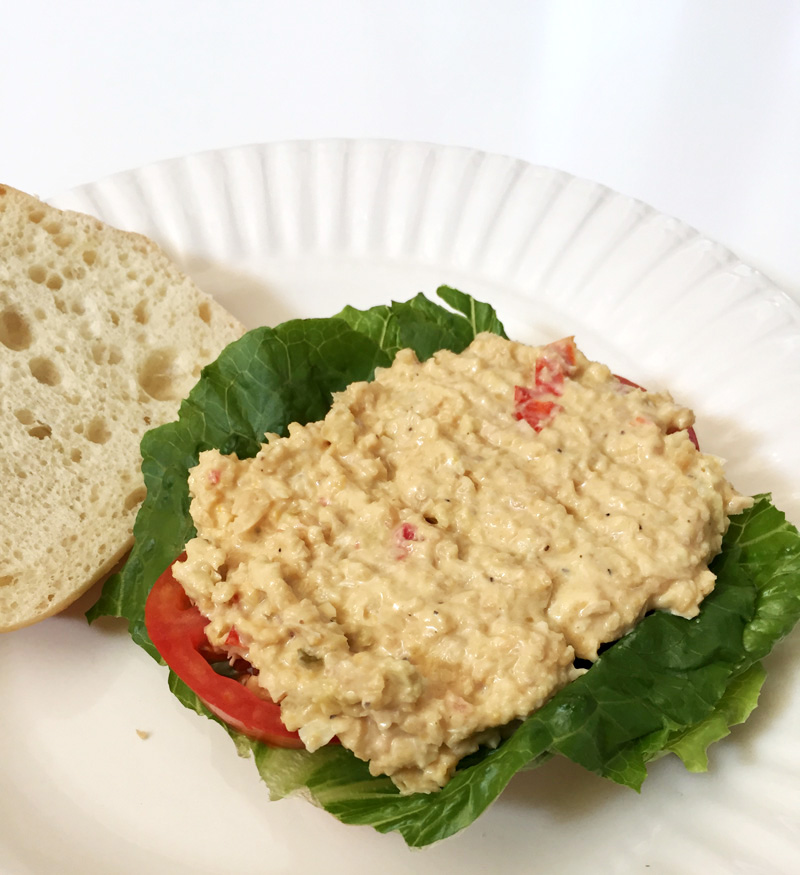 vegan-vegetarian-tuna-salad-sandwich-chickpea-recipe (3)
